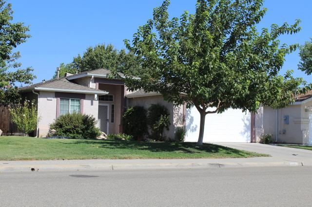 2175 Applegate Ave, Clovis, CA 93611