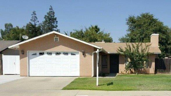 1739 Ashcroft Ave, Clovis, CA 93611