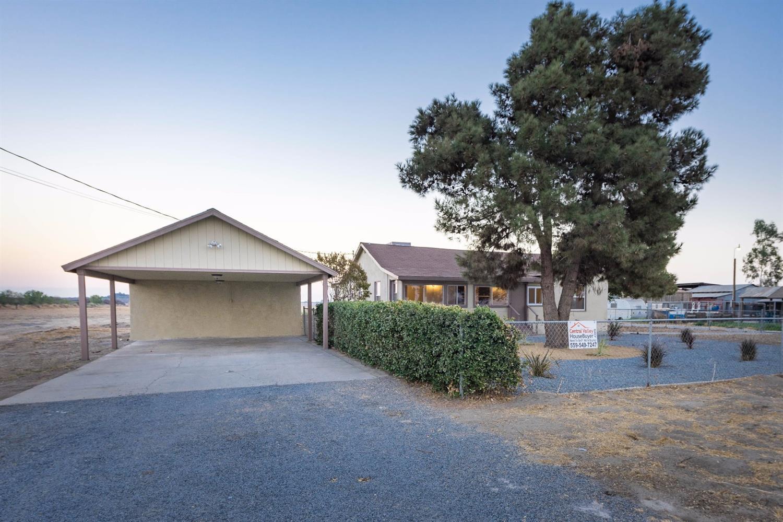 18580 S Elm Avenue, Riverdale, CA 93656