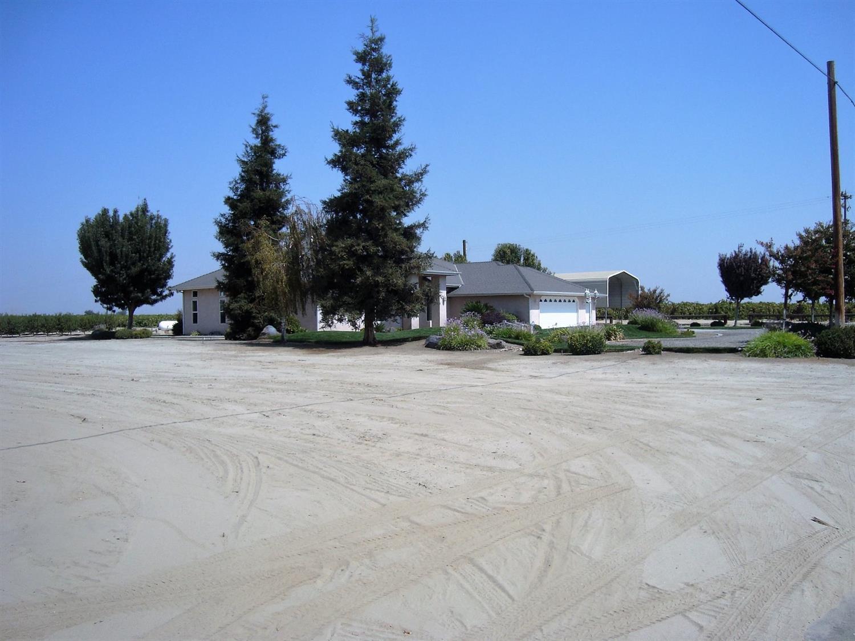 2342 E Rose Avenue, Fresno, CA 93725