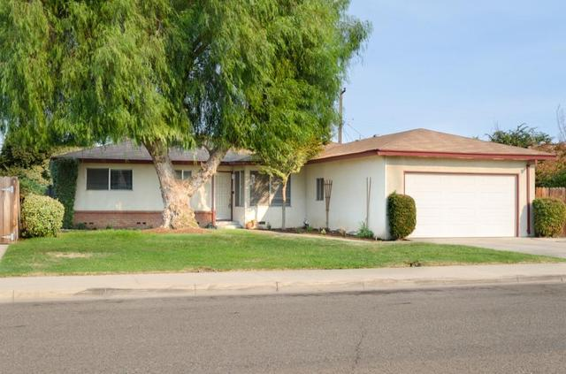 1651 Oxford Ave, Clovis, CA 93612