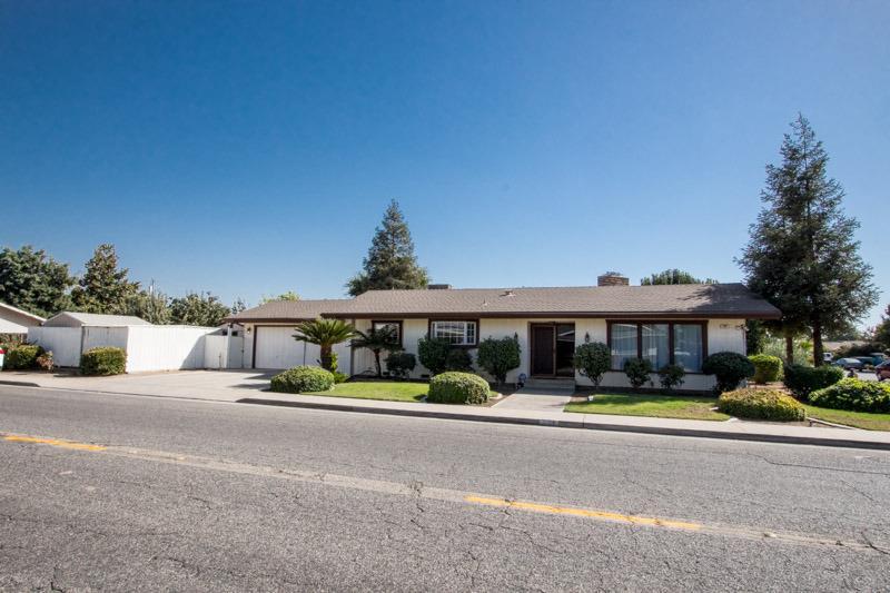 767 W Olson Avenue, Reedley, CA 93654