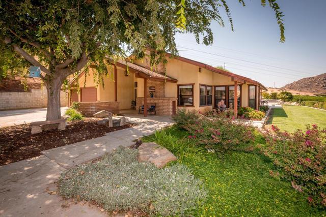 44731 Road 128, Orange Cove, CA 93646