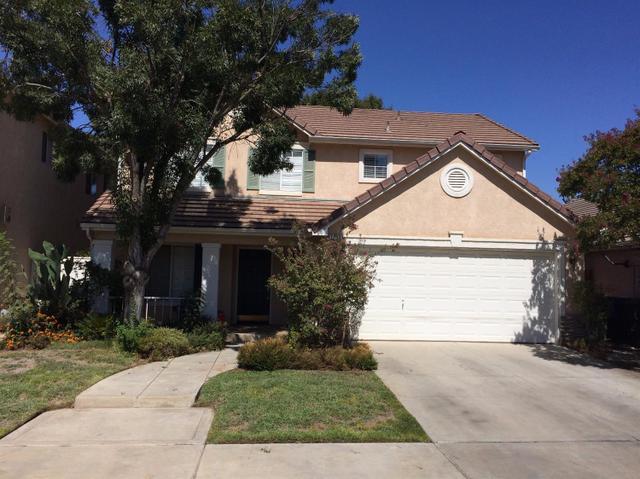 7537 N Trellis Cir, Fresno, CA 93720