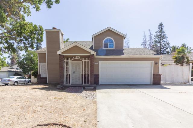 4621 W Sussex Way, Fresno, CA 93722