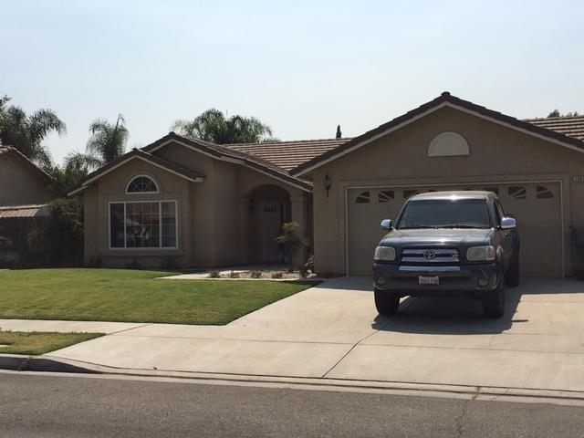 15679 W Sunset Avenue, Kerman, CA 93630