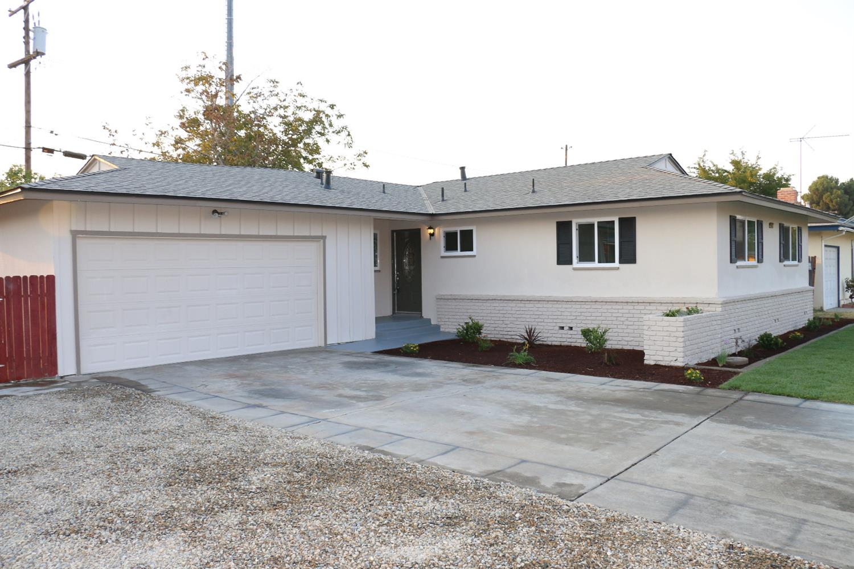 4075 N Sabre Drive, Fresno, CA 93727
