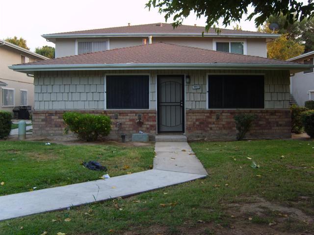 4917 N Holt Ave #102, Fresno, CA 93705