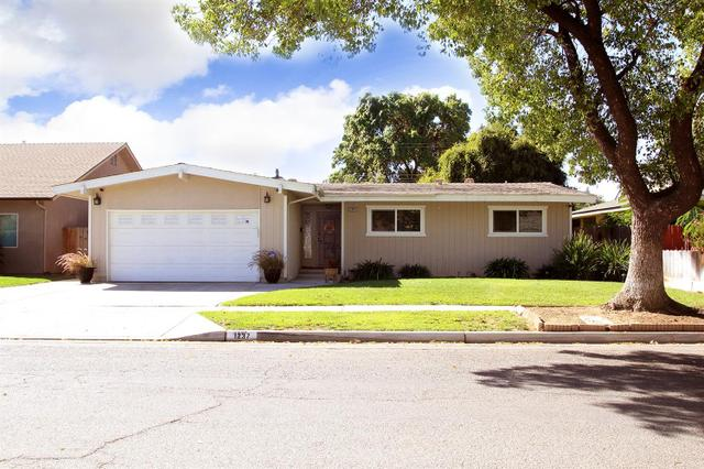 1237 E San Bruno Ave, Fresno, CA 93710
