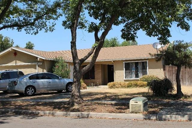 4531 E Kaviland Ave, Fresno, CA 93725