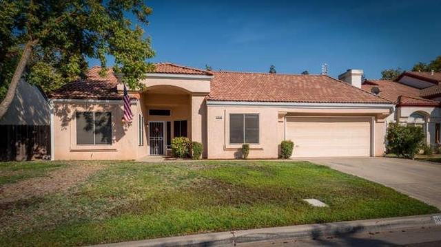 10336 N Camarillo Dr, Fresno, CA 93730