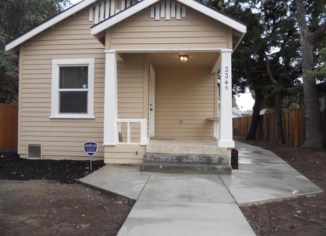 3346 E Iowa Ave, Fresno, CA 93702