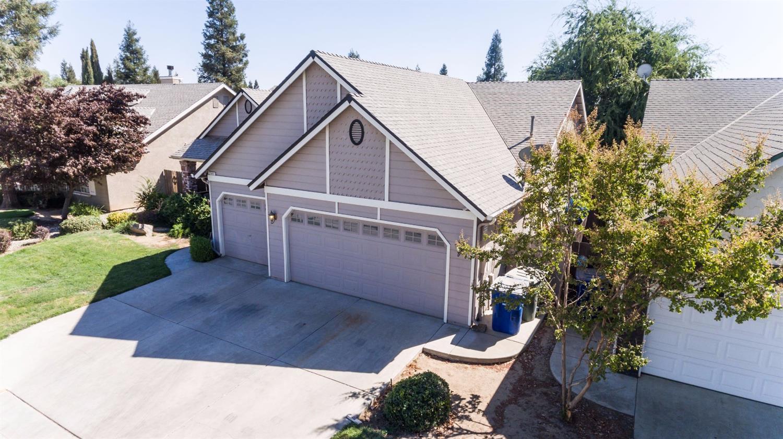 2557 E Goshen Avenue, Fresno, CA 93720