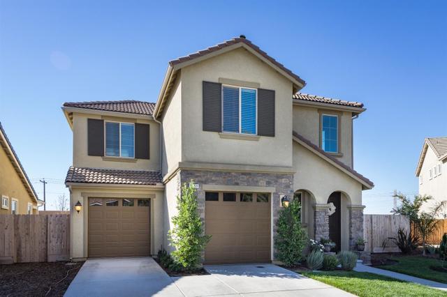5761 W Parr Ave, Fresno, CA 93722