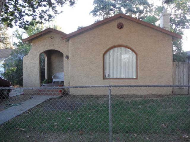 810 N Ferger Ave, Fresno, CA 93728