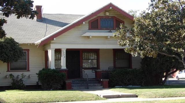3204 E El Monte Way, Fresno, CA 93702