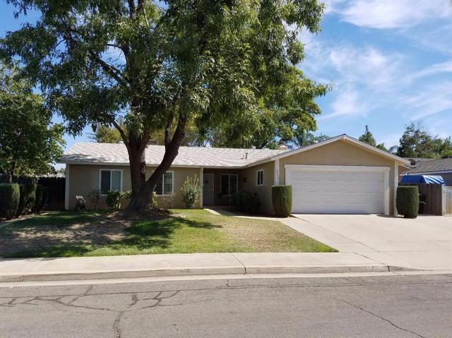 2833 Fordham Ave, Clovis, CA 93611