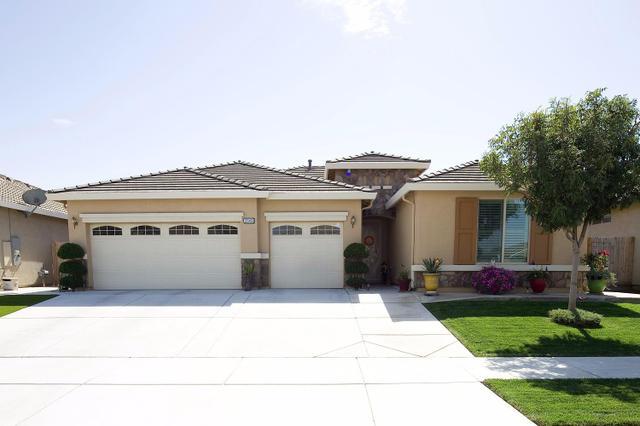 3549 W Elowin Ave, Visalia, CA 93291