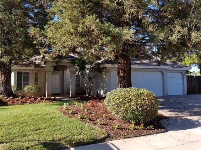 1936 E Quincy Ave, Fresno, CA 93720