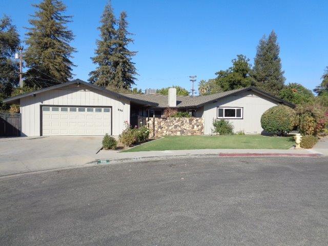 996 Kings Drive Cir, Reedley, CA 93654