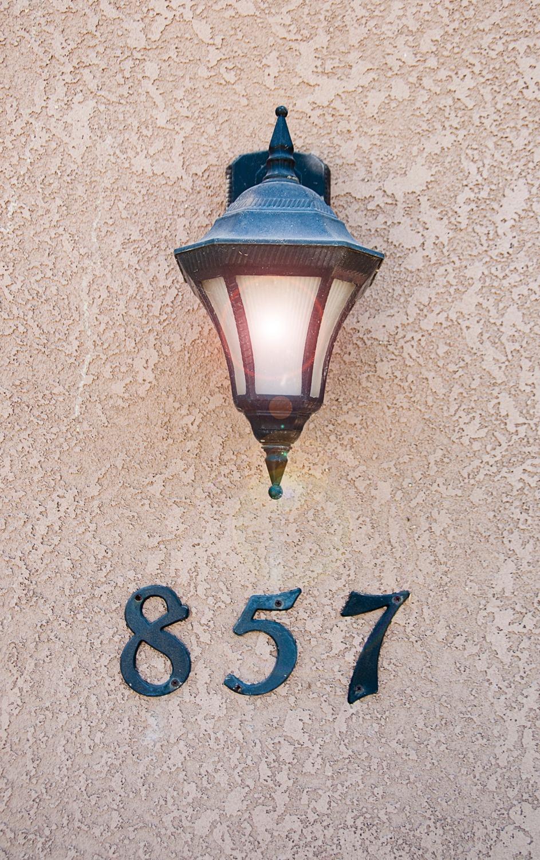 857 E La Salle Court, Visalia, CA 93292