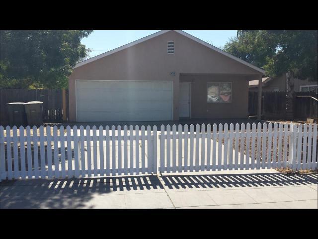 4720 E Mckenzie Ave, Fresno, CA 93702