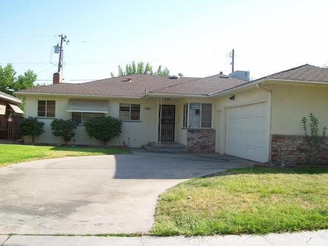 3220 E Richert Ave, Fresno, CA 93726