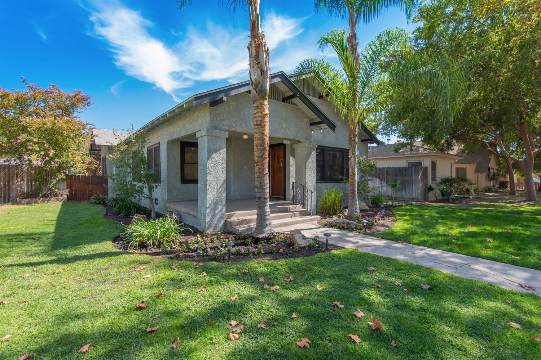 950 N Arthur Avenue, Fresno, CA 93728