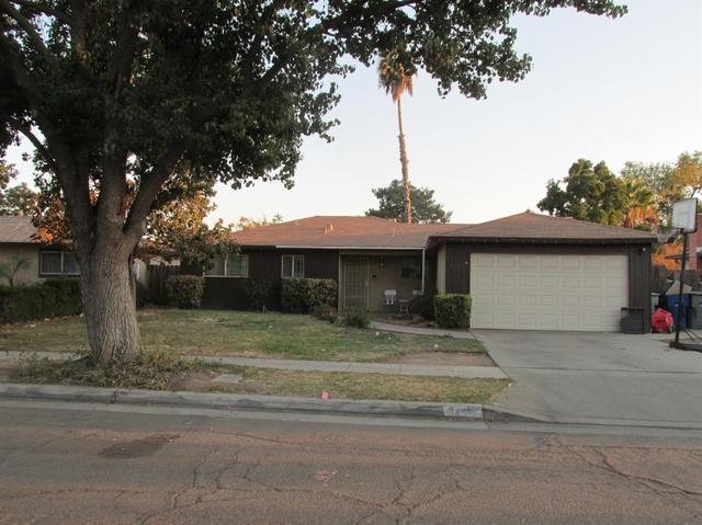 3299 W Ashcroft Ave, Fresno, CA 93722