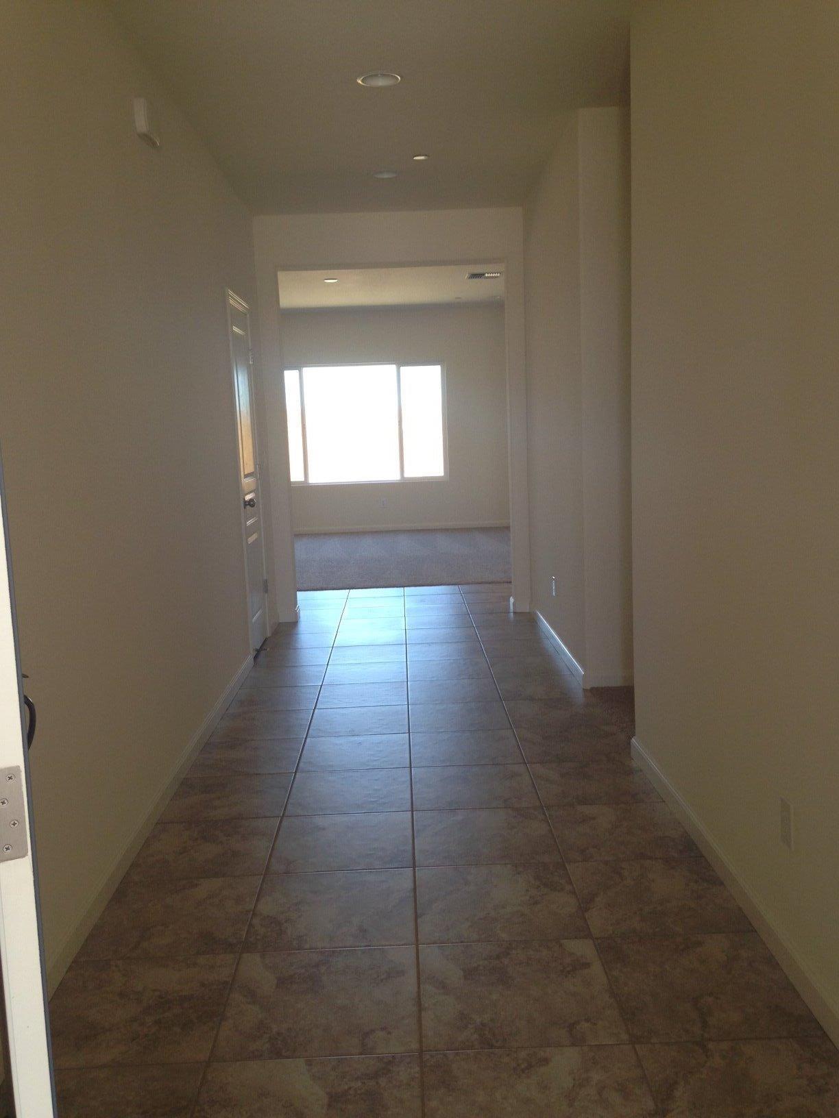 1051 S Shelly Avenue, Fresno, CA 93727