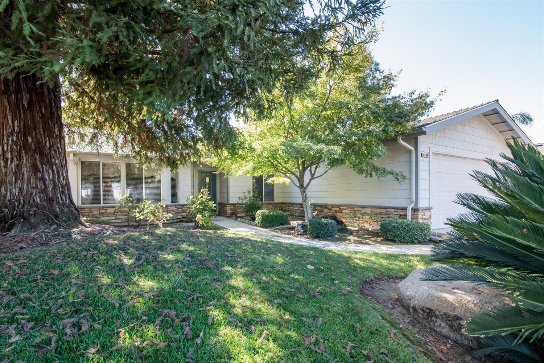 1214 Fremont Avenue, Clovis, CA 93612