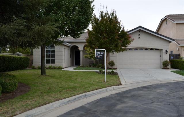 983 E Todd Ct, Fresno, CA 93720