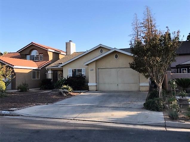 1679 E Eclipse Ave, Fresno, CA 93720