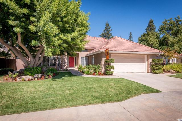 2541 Wrenwood Ave, Clovis, CA 93611