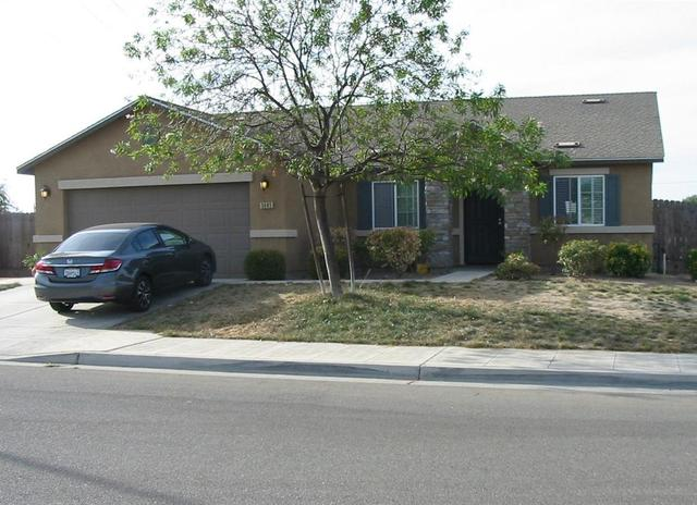 5985 W Fedora Ave, Fresno, CA 93722
