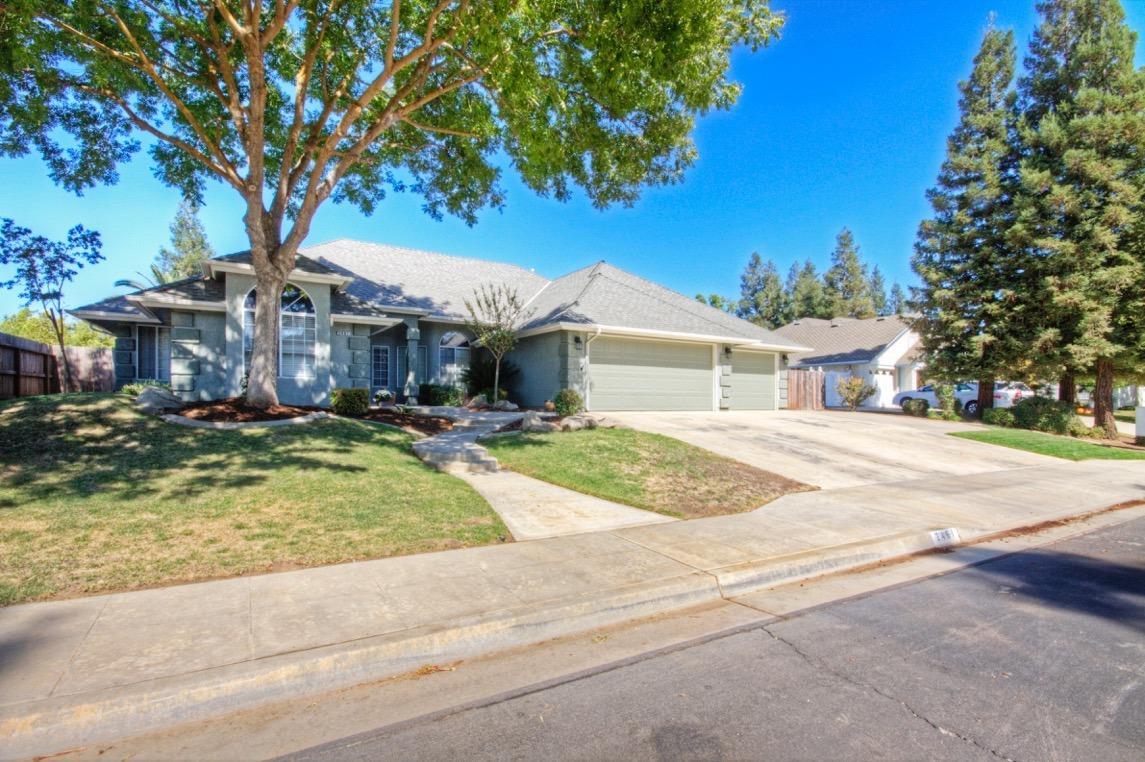 2461 Richert Avenue, Clovis, CA 93611