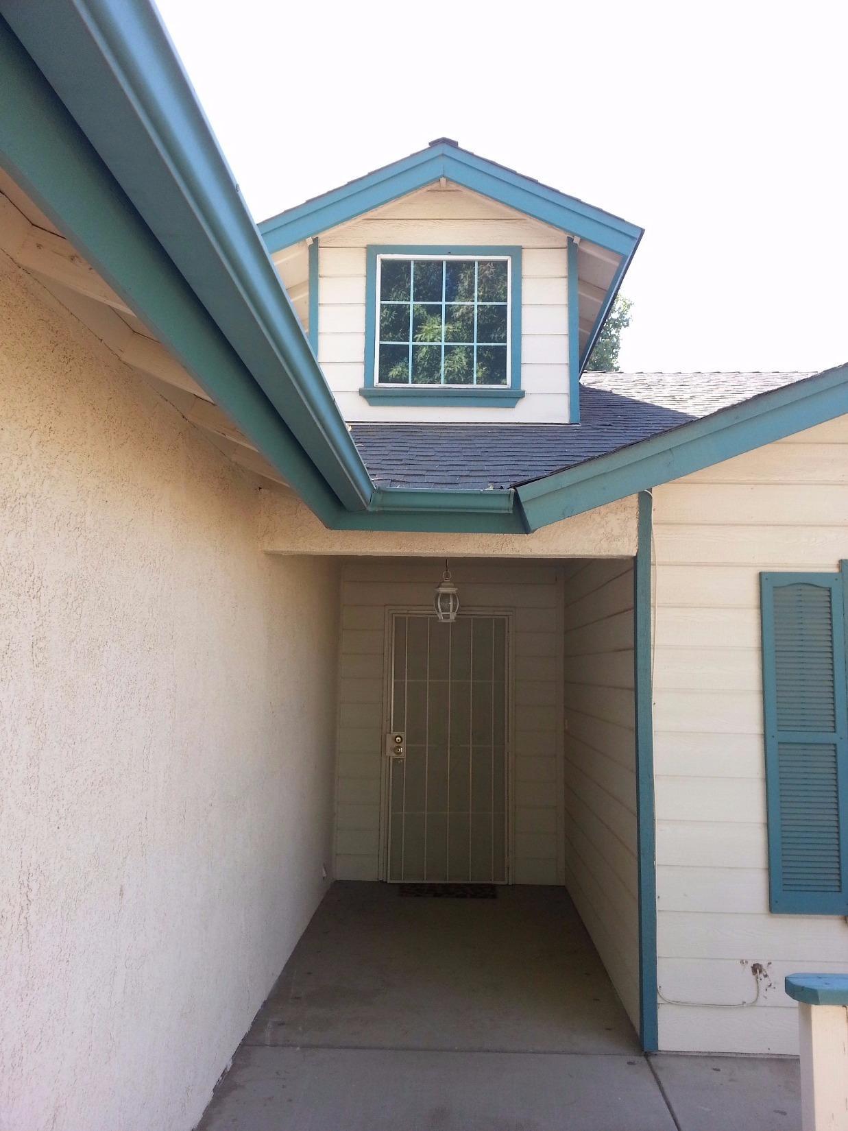 4673 W Vassar Avenue, Fresno, CA 93722