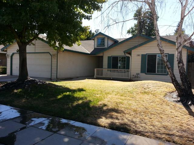 4673 W Vassar Ave, Fresno, CA 93722
