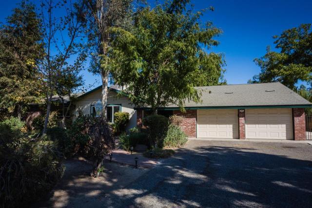 5552 N Ferger Ave, Fresno, CA 93704