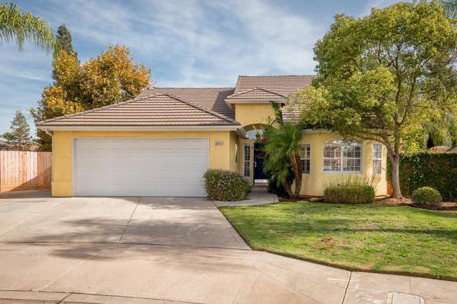 9444 N Woodrow Ave, Fresno, CA 93720