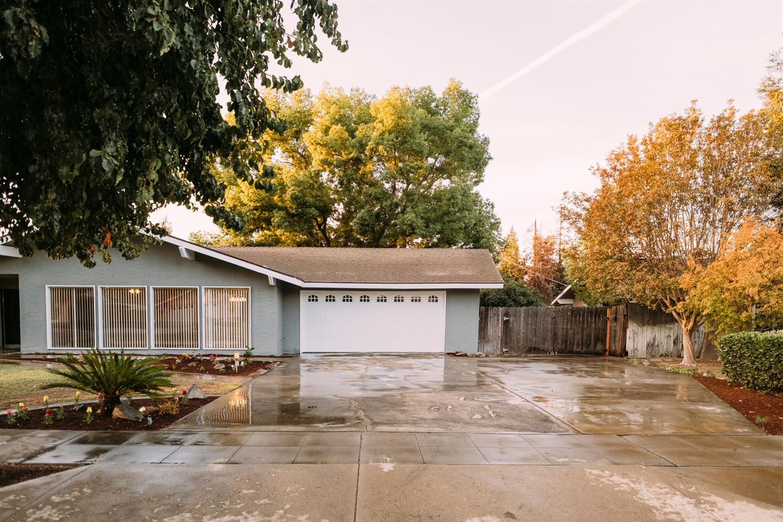 6775 E Lowe Avenue, Fresno, CA 93727