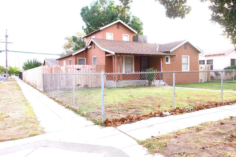 3344 E Hammond Avenue, Fresno, CA 93703