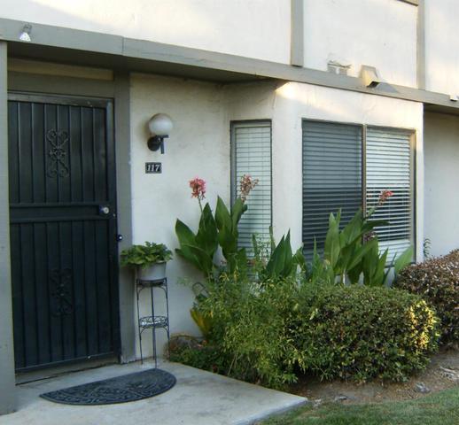 4747 N Woodrow Ave #117, Fresno, CA 93726
