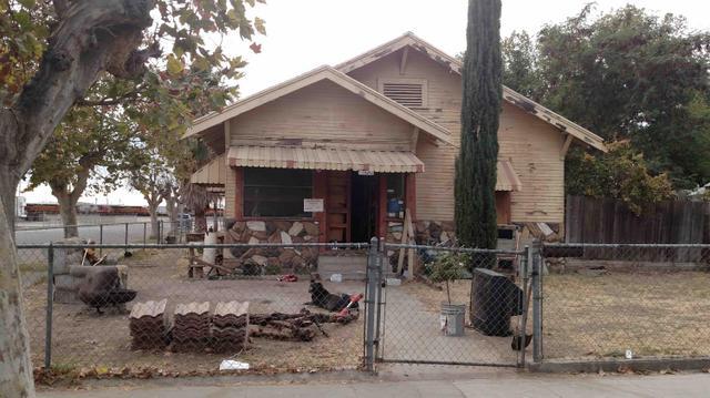 3911 E Calwa St, Fresno, CA 93725