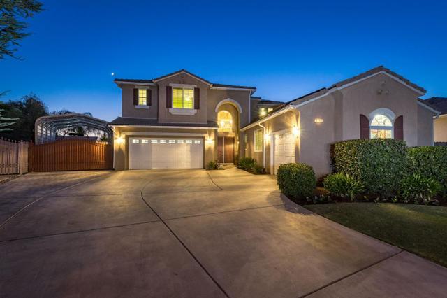 2284 S Claremont Ave, Fresno, CA 93727