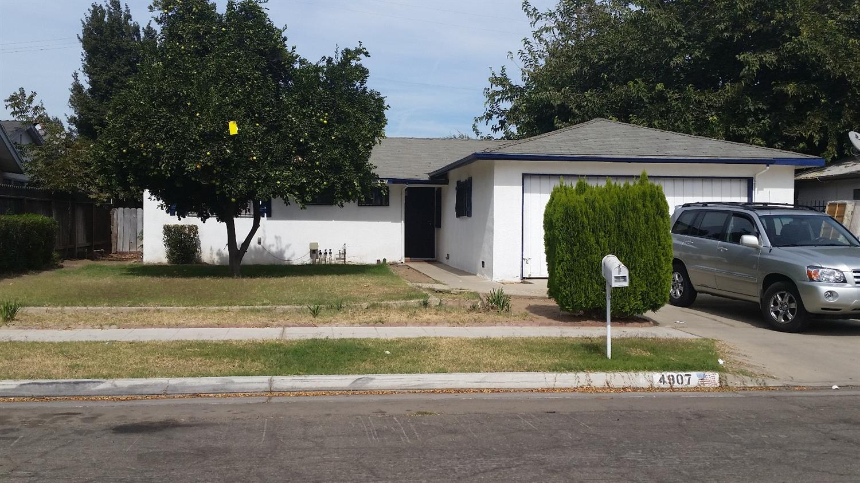 4907 E Laurel Ave, Fresno, CA 93727