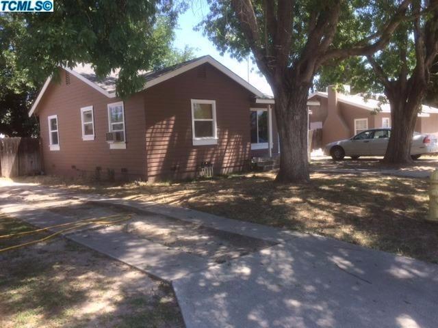 1349 Mehlert Street, Kingsburg, CA 93631