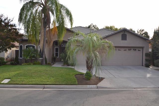 9678 N Shannon Ave, Fresno, CA 93720