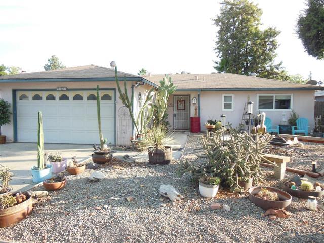 5828 E Lansing Way, Fresno, CA 93727