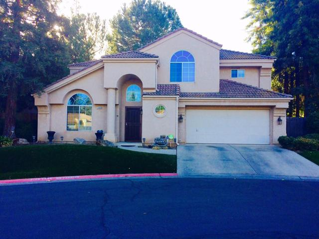 9602 N Dominion Dr, Fresno, CA 93720